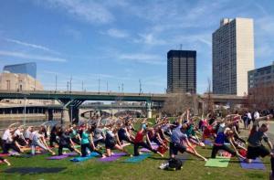 yoga on the banks(1)